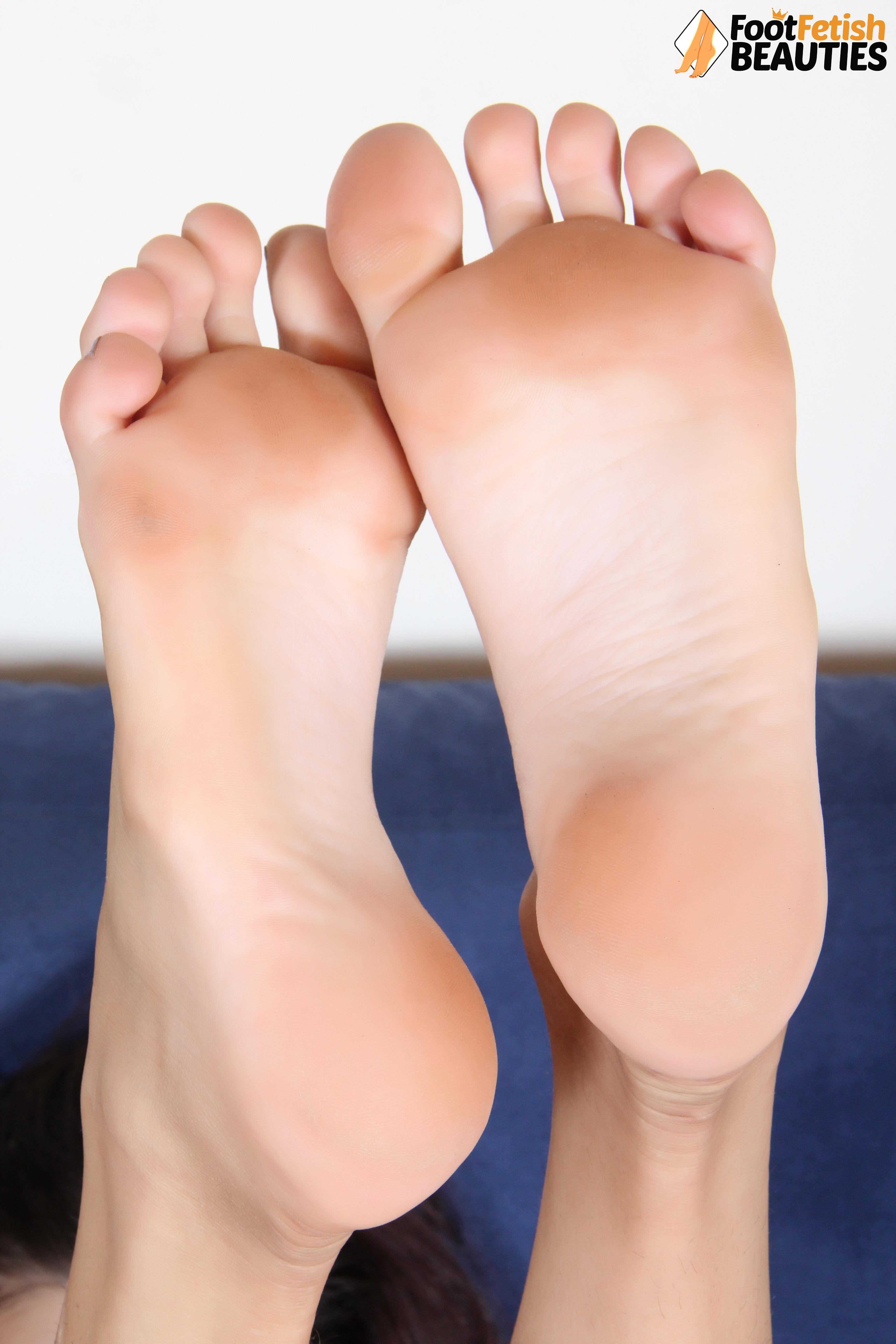 Legs Feet On Twitter